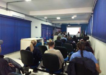 Funcionários do Saema participam de palestra sobre doação de sangue